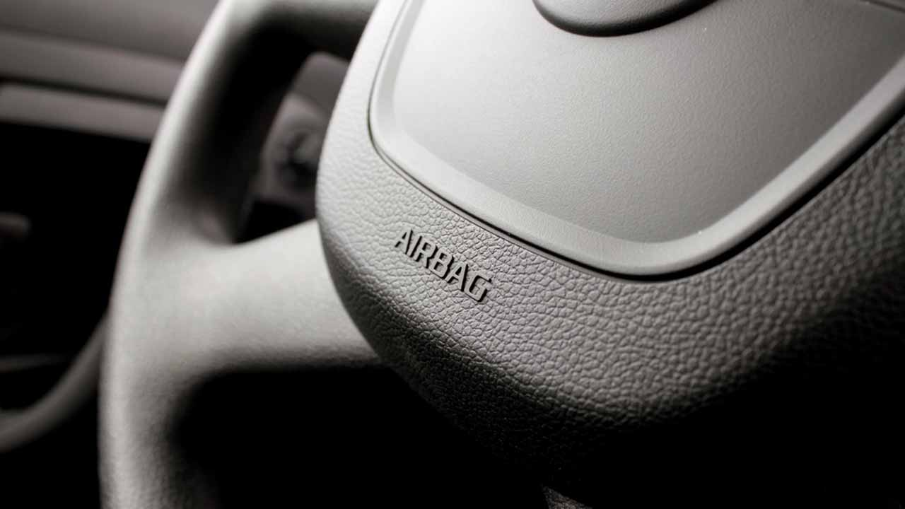 Passive safety car airbag