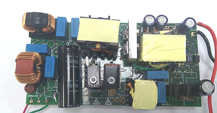 PC PSU 和遊戲機電源