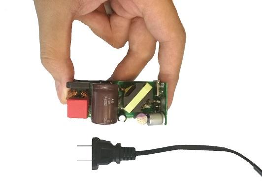 筆記型電腦電源供應器設計